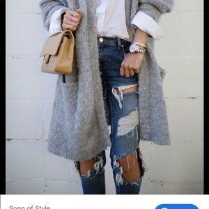 Zara Woman Ripped Blue Jeans